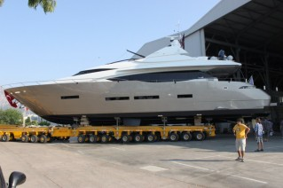 The stunning Peri 29 superyacht OZONE launched from Peri Yachts.JPG